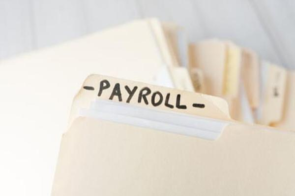 Thumbnail photo for Getting your payroll right: top tips for salons and barbershops